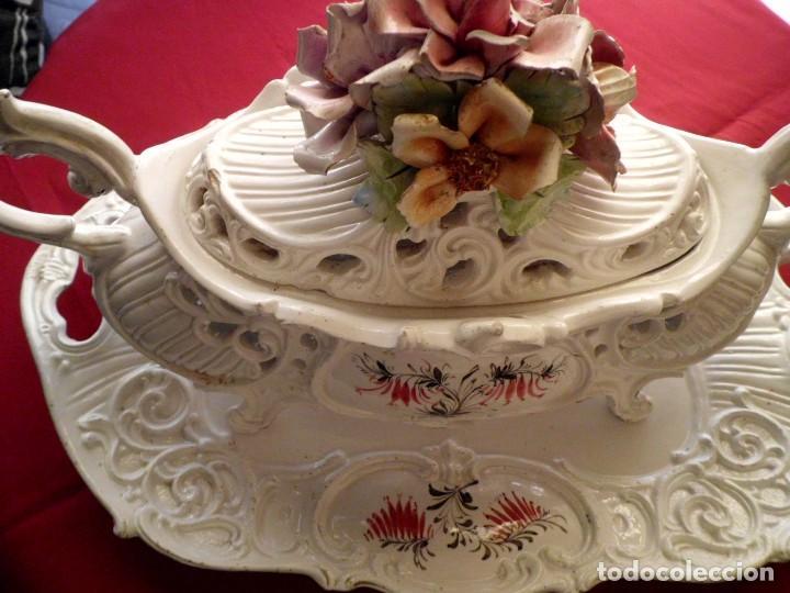 ANTIGUA SOPERA CON FUENTE MADEN ITAL (Antigüedades - Porcelanas y Cerámicas - Otras)