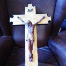 Antigüedades: CRISTO CON CRUZ DORADA.. Lote 103577103