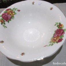 Antigüedades: FUENTE DE PORCELANA SAN CLAUDIO. 30 CMS. DE DIÁMETRO X 10 CMS. ALTURA.. Lote 103579919