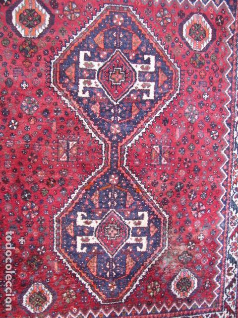 Antigüedades: Antigua alfombra persa. Shiraz. Pura lana, anudada a mano - Foto 2 - 103585275