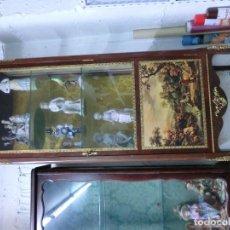 Antigüedades: VITRINA ESTILO IMPERIO DE MADERA DE CAOBA SIGLO XX. Lote 103600515