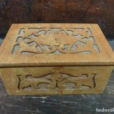 Antigüedades: COFRE DE MADERA CALADO DE PRINCIPIOS DE SIGLO . Lote 103611971