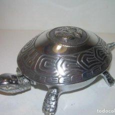 Antigüedades: TIMBRE DE MESA MARCA BOJ..EIBAR... CAPARAZON CON FUERTE BAÑO DE.. PLATA...FUNCIONA PERFECTAMENTE.. Lote 103628871