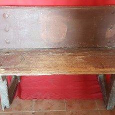 Antigüedades: BANCO ANTIGUO, CON RESPALDO, PARA RESTAURAR.. Lote 97380291