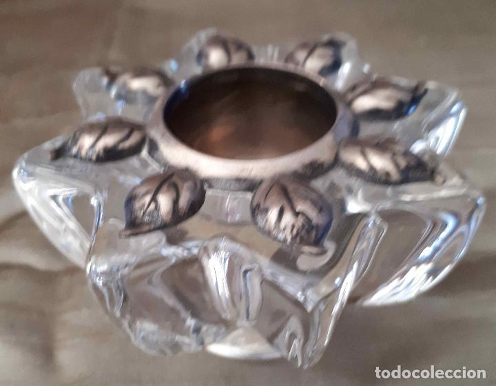 Antigüedades: Portavelas en forma de flor de cristal y plata. Mediados del 20 - Foto 2 - 103693479