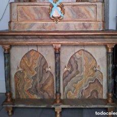 Antigüedades: MESA DE ALTAR POLICROMADA. Lote 113074944