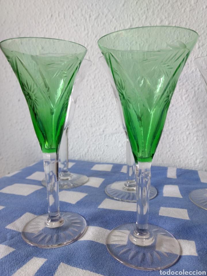 Antigüedades: Juego de 50 copas antiguas de cristall tallado - Foto 6 - 103850822