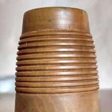 Antigüedades: CAZA- RECLAMO DE AVES EN MADERA. Lote 103853143