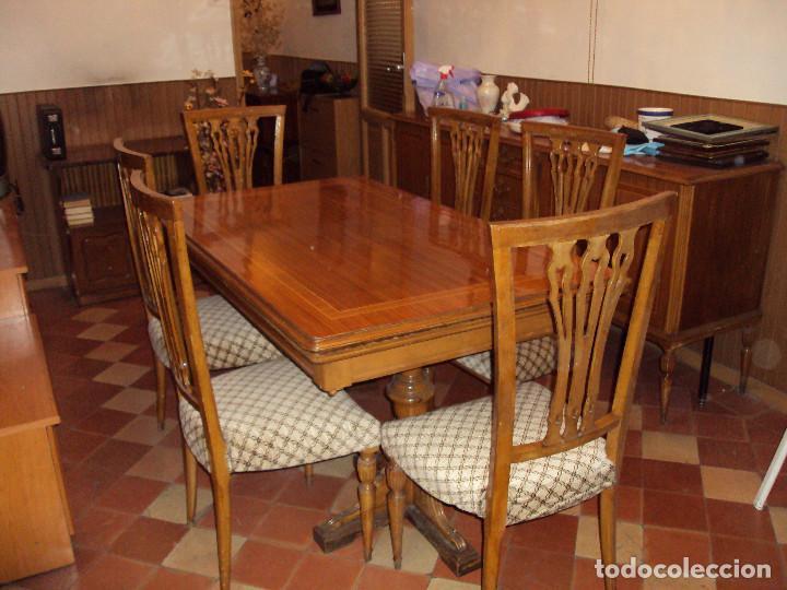 Conjunto completo de salón comedor vintage en madera maciza tallada
