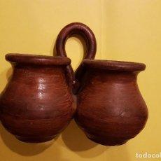Antigüedades: ANTIGUO PEQUEÑO MACETERO EN TERRACOTA AÑOS 30-40. Lote 103868971