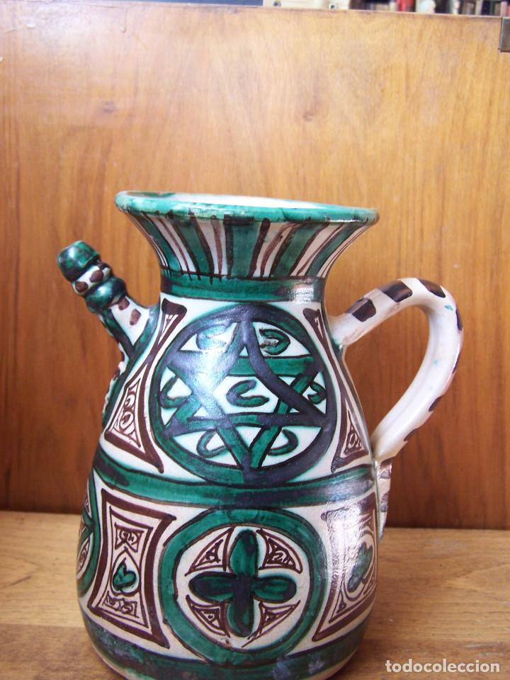 JARRA DE CERÁMICA CON PITORRO DE TERUEL, MARCADA PUNTER. ALTURA: 22 CM, (Antigüedades - Porcelanas y Cerámicas - Teruel)