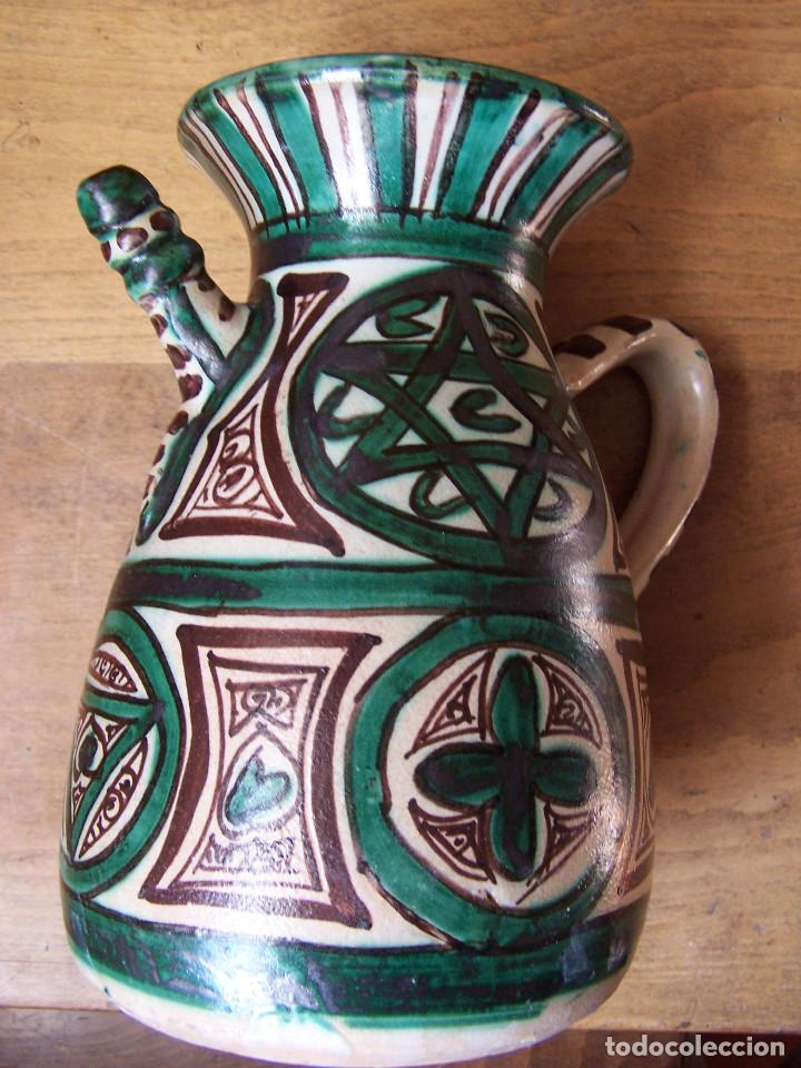 Antigüedades: Jarra de cerámica con pitorro de Teruel, marcada Punter. Altura: 22 cm, - Foto 5 - 103874503