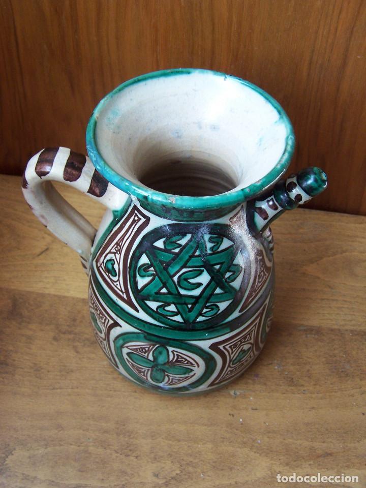 Antigüedades: Jarra de cerámica con pitorro de Teruel, marcada Punter. Altura: 22 cm, - Foto 6 - 103874503