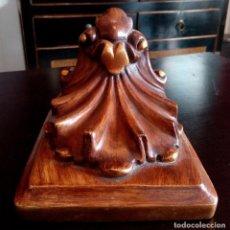 Antigüedades: ANTIGUA MENSULA - PEANA DE MADERA Y PAN DE ORO.. Lote 103891903