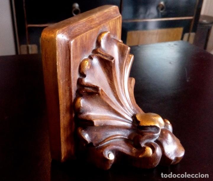 Antigüedades: ANTIGUA MENSULA - PEANA DE MADERA Y PAN DE ORO. - Foto 5 - 103891903