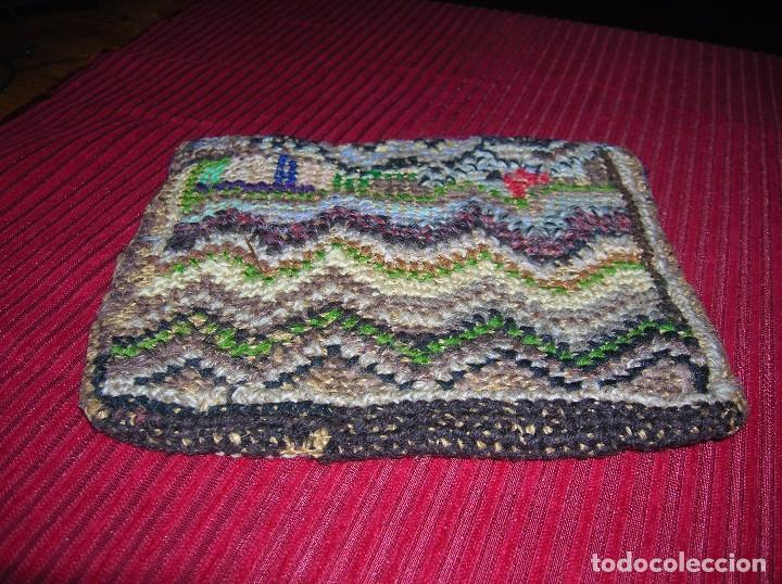 Antigüedades: Muy antiguo bolso,muy original ,bordado a mano. - Foto 2 - 103921855