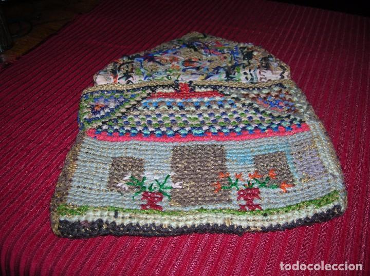 Antigüedades: Muy antiguo bolso,muy original ,bordado a mano. - Foto 3 - 103921855