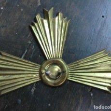 Antigüedades: CORONA DEL NIÑO JESUS HECHO EN LATON. Lote 103967791