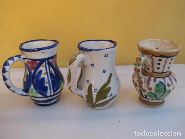 Antigüedades: Colección de 9 antiguas jarritas de cerámica: Talavera, Manises y Teruel - Foto 4 - 103996659