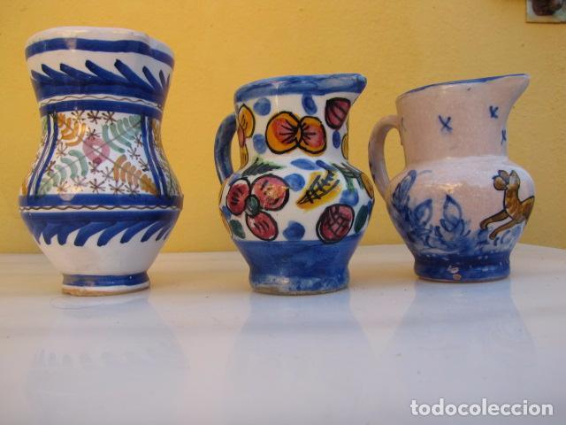 Antigüedades: Colección de 9 antiguas jarritas de cerámica: Talavera, Manises y Teruel - Foto 9 - 103996659