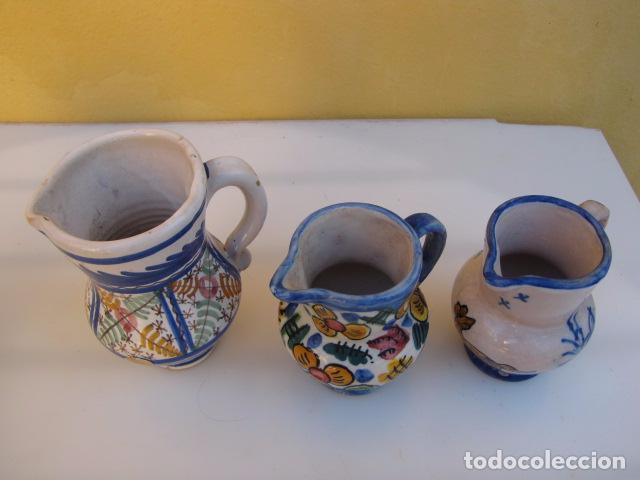 Antigüedades: Colección de 9 antiguas jarritas de cerámica: Talavera, Manises y Teruel - Foto 11 - 103996659