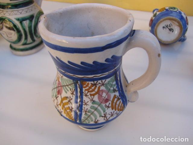 Antigüedades: Colección de 9 antiguas jarritas de cerámica: Talavera, Manises y Teruel - Foto 16 - 103996659