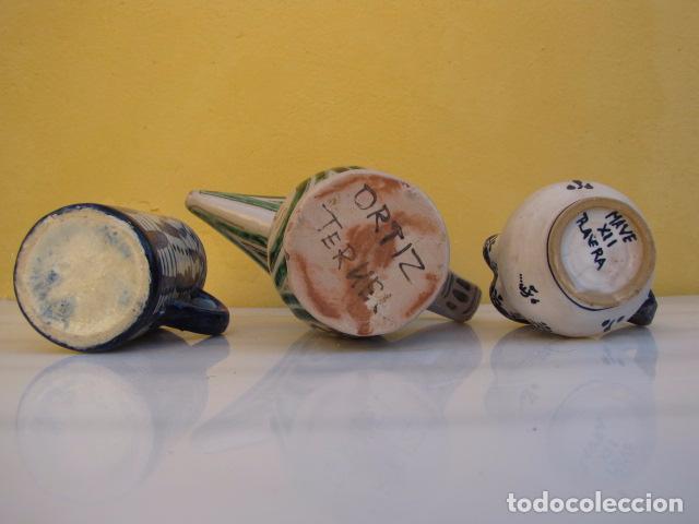 Antigüedades: Colección de 9 antiguas jarritas de cerámica: Talavera, Manises y Teruel - Foto 21 - 103996659