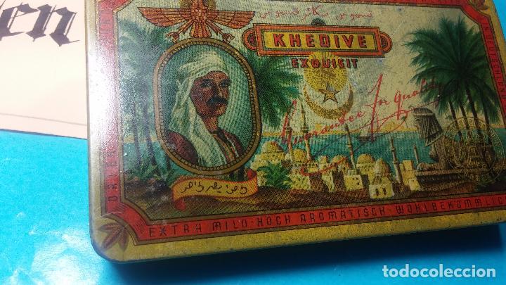 Antigüedades: Bonita caja o cajita antigua de chapa, no sé de qué era - Foto 3 - 103999051