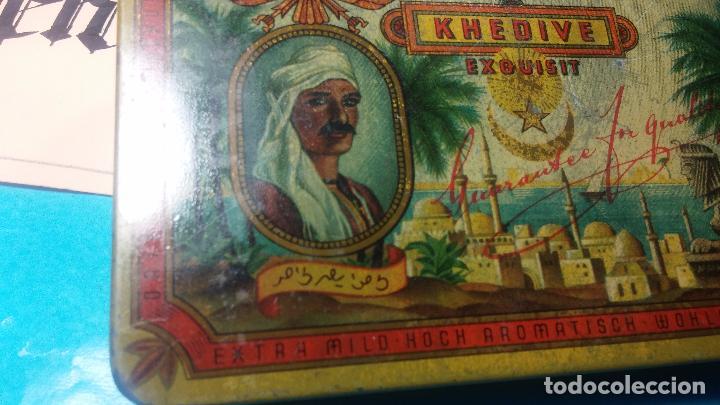 Antigüedades: Bonita caja o cajita antigua de chapa, no sé de qué era - Foto 4 - 103999051
