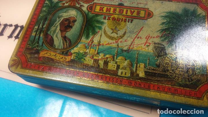 Antigüedades: Bonita caja o cajita antigua de chapa, no sé de qué era - Foto 5 - 103999051