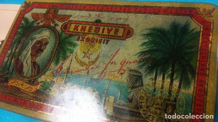 Antigüedades: Bonita caja o cajita antigua de chapa, no sé de qué era - Foto 7 - 103999051