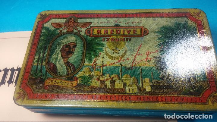 Antigüedades: Bonita caja o cajita antigua de chapa, no sé de qué era - Foto 15 - 103999051