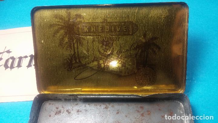 Antigüedades: Bonita caja o cajita antigua de chapa, no sé de qué era - Foto 19 - 103999051
