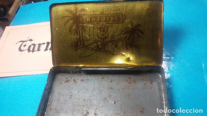 Antigüedades: Bonita caja o cajita antigua de chapa, no sé de qué era - Foto 21 - 103999051