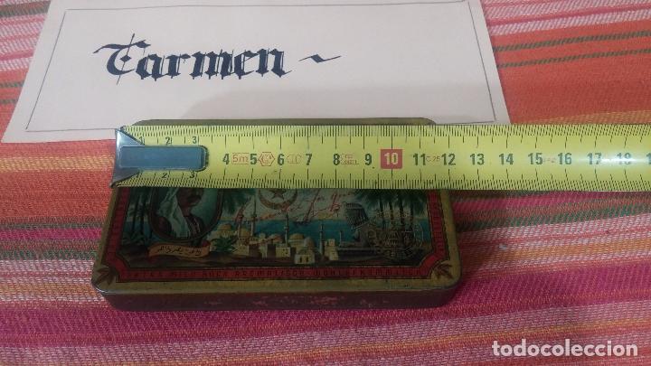 Antigüedades: Bonita caja o cajita antigua de chapa, no sé de qué era - Foto 24 - 103999051