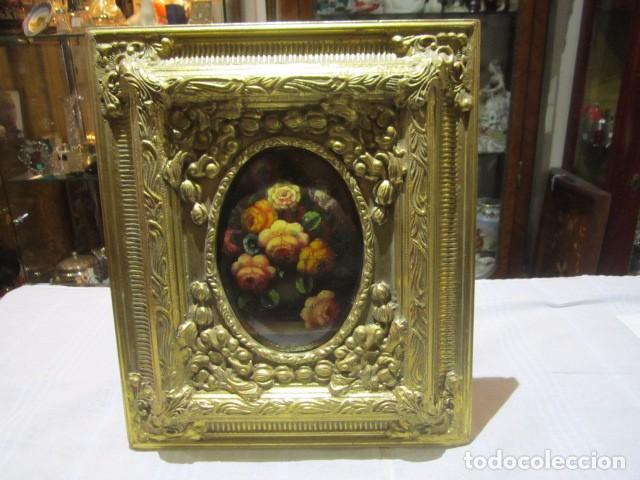 antiguo marco de madera dorado, con flores pint - Comprar Marcos ...