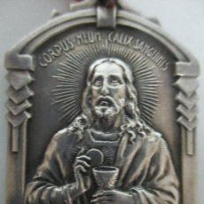 Antigüedades: MEDALLA RELIGIOSA - SAGRADO CORAZÓN - PRIMERA COMUNIÓN - SELLO PONT. Lote 104058171