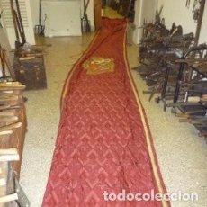 Antigüedades: BALCONERA EN TELA ADAMASCADA PARA BALCÓN 7'50 M.. Lote 104072735