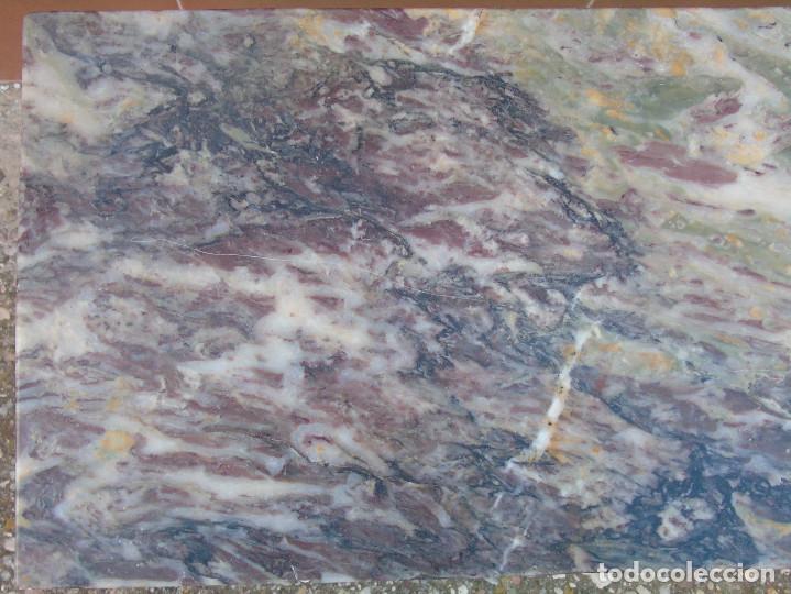 Antigüedades: PEQUEÑA MESA AUXILIAR DE MADERA Y MARMOL. - Foto 4 - 104073567