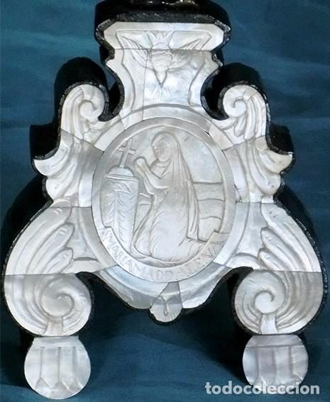 Antigüedades: PRECIOSO CRUCIFIJO ANTIGUO - NÁCAR Y MADERA - STA. MARÍA MAGDALENA - CRUZ RELIGIOSA - CRISTO - Foto 2 - 104080215