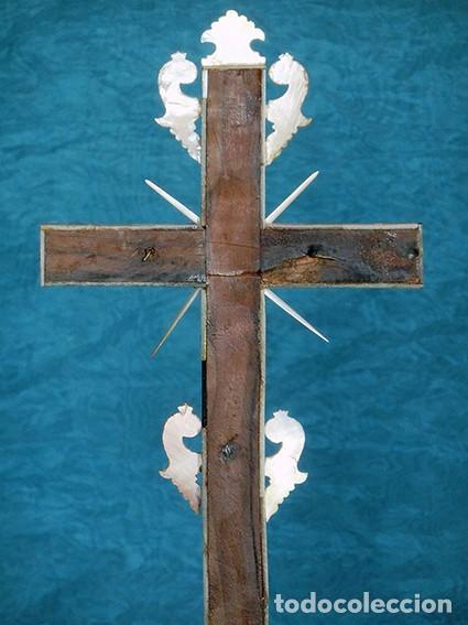 Antigüedades: PRECIOSO CRUCIFIJO ANTIGUO - NÁCAR Y MADERA - STA. MARÍA MAGDALENA - CRUZ RELIGIOSA - CRISTO - Foto 4 - 104080215