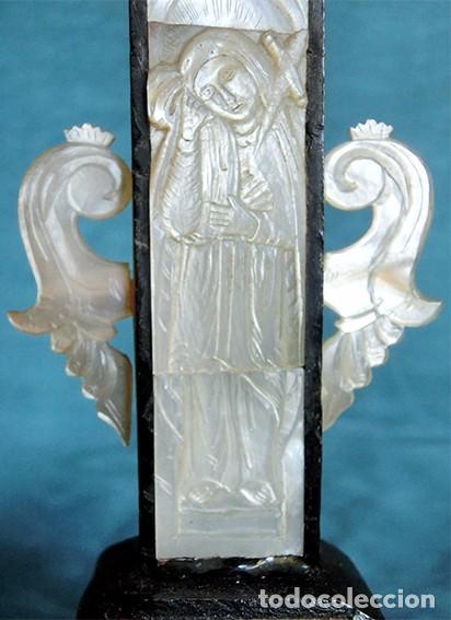Antigüedades: PRECIOSO CRUCIFIJO ANTIGUO - NÁCAR Y MADERA - STA. MARÍA MAGDALENA - CRUZ RELIGIOSA - CRISTO - Foto 5 - 104080215