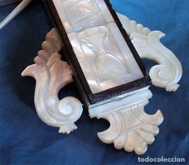 Antigüedades: PRECIOSO CRUCIFIJO ANTIGUO - NÁCAR Y MADERA - STA. MARÍA MAGDALENA - CRUZ RELIGIOSA - CRISTO - Foto 16 - 104080215