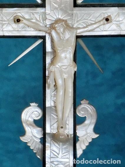 Antigüedades: PRECIOSO CRUCIFIJO ANTIGUO - NÁCAR Y MADERA - STA. MARÍA MAGDALENA - CRUZ RELIGIOSA - CRISTO - Foto 24 - 104080215