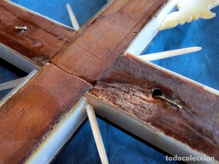 Antigüedades: PRECIOSO CRUCIFIJO ANTIGUO - NÁCAR Y MADERA - STA. MARÍA MAGDALENA - CRUZ RELIGIOSA - CRISTO - Foto 32 - 104080215