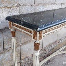 Antigüedades: CONSOLA ANTIGUA DE MÁRMOL ESTILO LUIS XVI, MUEBLE MESA AUXILIAR ANTIGUA ESTILO FRANCÉS RETRO VINTAGE. Lote 104100627