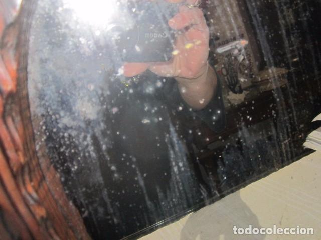 Antigüedades: Espejo con marco de madera rústico. Marco: 34 x 28 cms. Espejo: 19,5 x 26,5 cms. - Foto 4 - 104148919