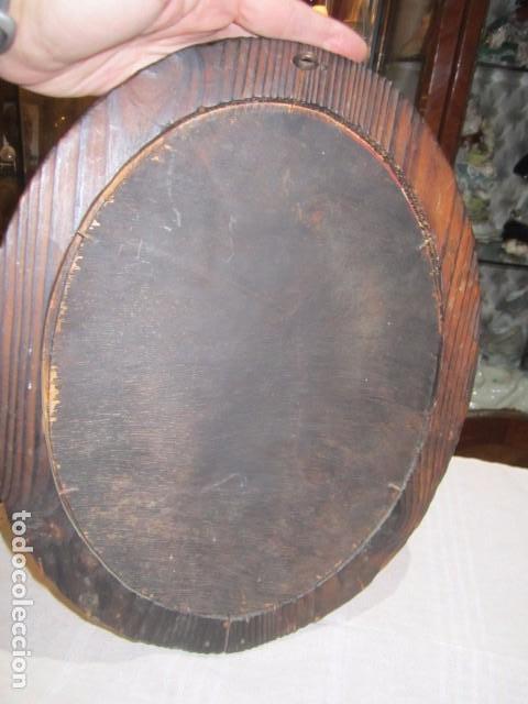 Antigüedades: Espejo con marco de madera rústico. Marco: 34 x 28 cms. Espejo: 19,5 x 26,5 cms. - Foto 6 - 104148919