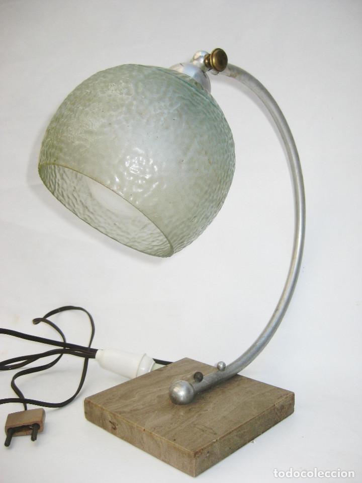 Antigüedades: LAMPARA ANTIGUA ART NOUVEAU MARMOL LATON Y OPALINA CRISTAL CIRCA 1900 - Foto 2 - 104168975