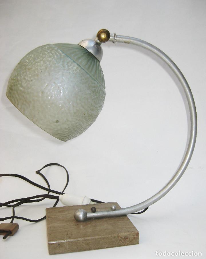 Antigüedades: LAMPARA ANTIGUA ART NOUVEAU MARMOL LATON Y OPALINA CRISTAL CIRCA 1900 - Foto 3 - 104168975